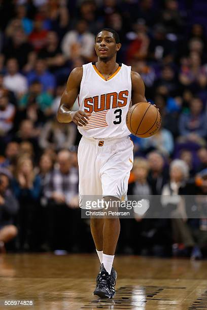 Brandon Knight of the Phoenix Suns handles the ball during the NBA game against the Indiana Pacers at Talking Stick Resort Arena on January 19 2016...