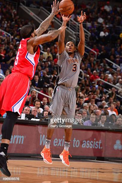 Brandon Knight of the Phoenix Suns shoots the ball against the Los Angeles Clippers on November 12 2015 at Talking Stick Resort Arena in Phoenix...