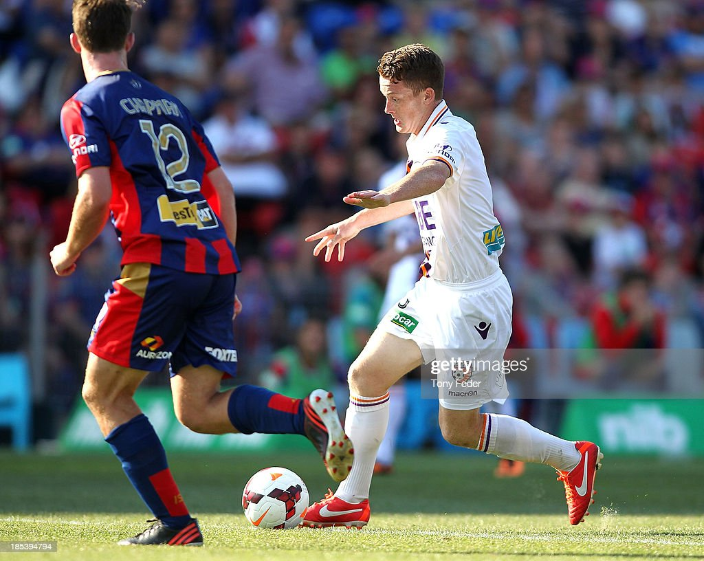 Brandon O'Neill of the Glory controls the ball during the round two A-League match between the Newcastle Jets and the Perth Glory at Hunter Stadium on October 20, 2013 in Newcastle, Australia.