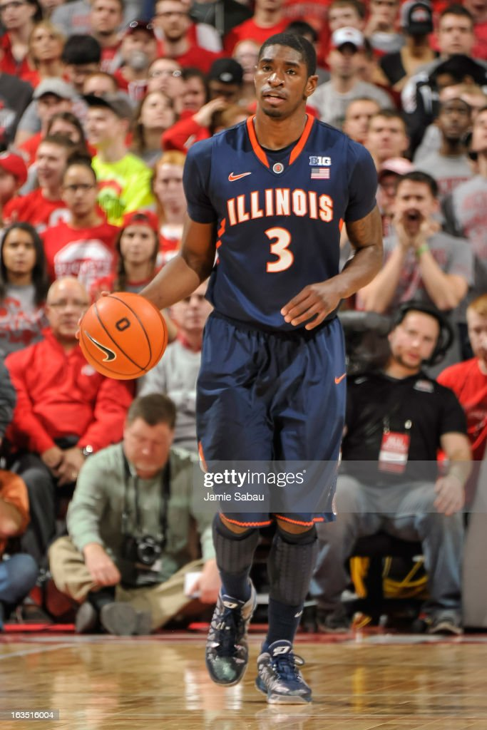 Brandon Paul #3 of the Illinois Fighting Illini controls the ball against the Ohio State Buckeyes on March 10, 2013 at Value City Arena in Columbus, Ohio.
