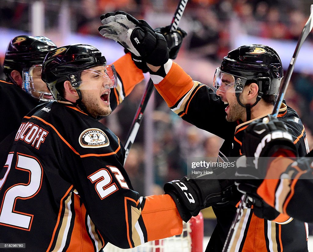 Brandon Pirri of the Anaheim Ducks celebrates his goal with Shawn Horcoff who had an assist to take a 30 lead over the Calgary Flames during the...