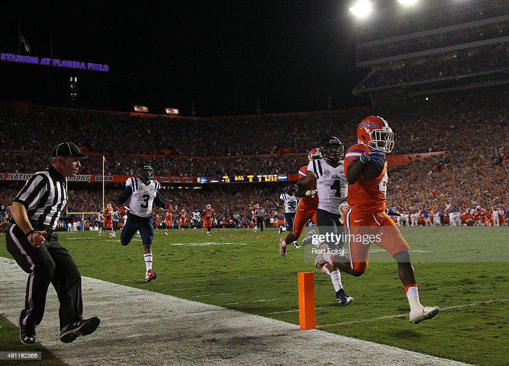 Brandon Powell of the Florida Gators scores on a 77 yard touchdown reception during the second quarter of the game against the Mississippi Rebels on...
