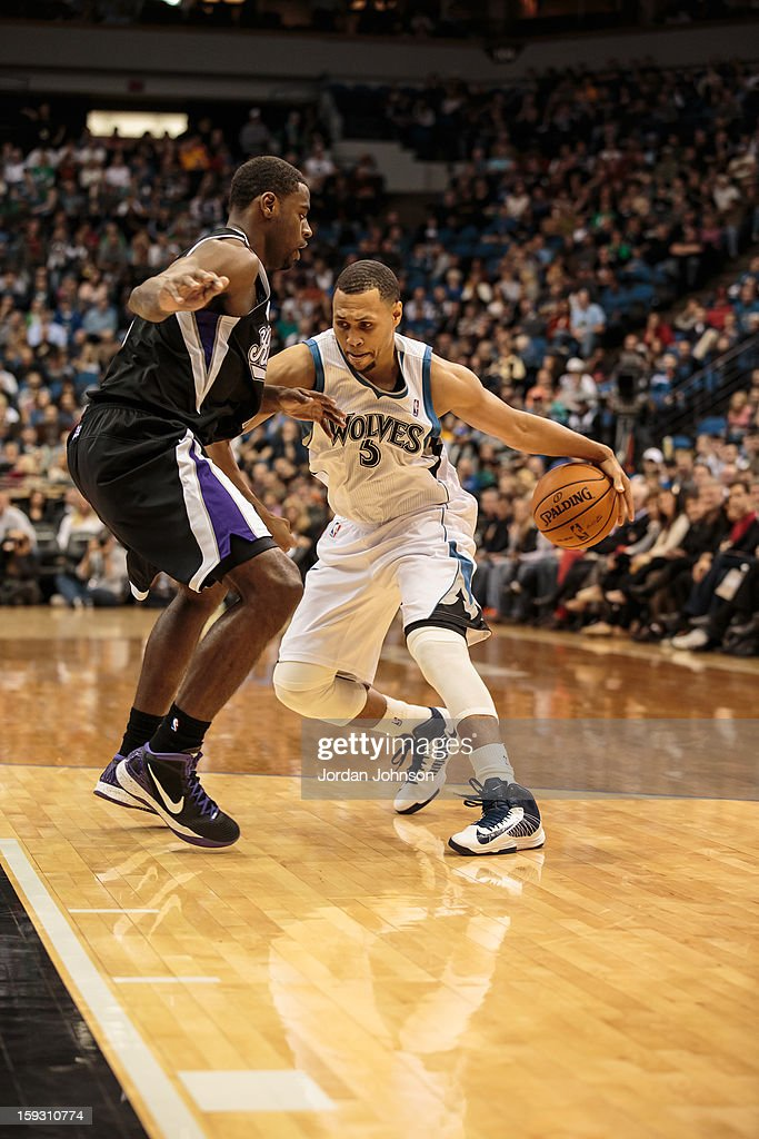 Brandon Roy #3 of the Minnesota Timberwolves handles the ball against the Sacramento Kings during the season opening game on November 2, 2012 at Target Center in Minneapolis, Minnesota.