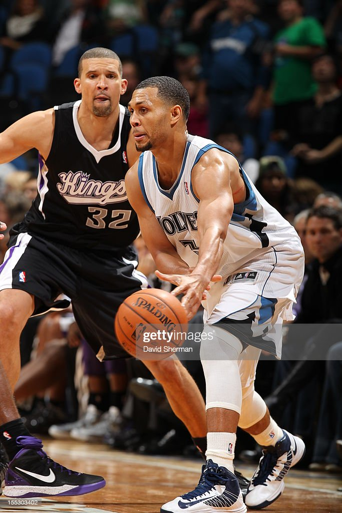 Brandon Roy #3 of the Minnesota Timberwolves passes the ball vs Francisco Garcia #32 of the Sacramento Kings during the season opening game on November 2, 2012 at Target Center in Minneapolis, Minnesota.
