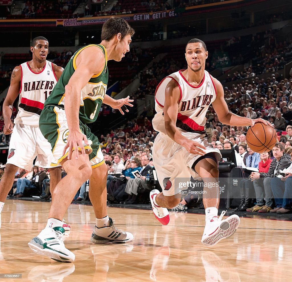 Seattle SuperSonics v Portland Trail Blazers s and