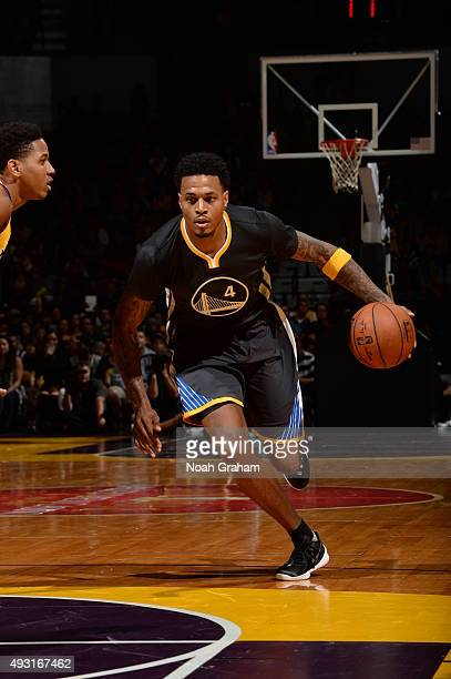 Brandon Rush of the Golden State Warriors drives to the basket against the Los Angeles Lakers during a preseason game on October 17 2015 at Valley...