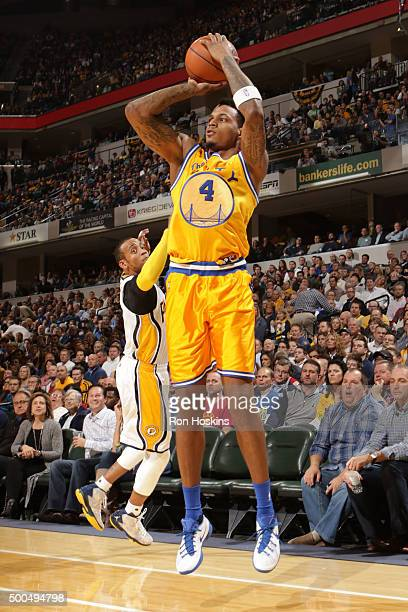 Brandon Rush of the Golden State Warriors shoots against the Indiana Pacers on December 8 2015 at Bankers Life Fieldhouse in Indianapolis Indiana...