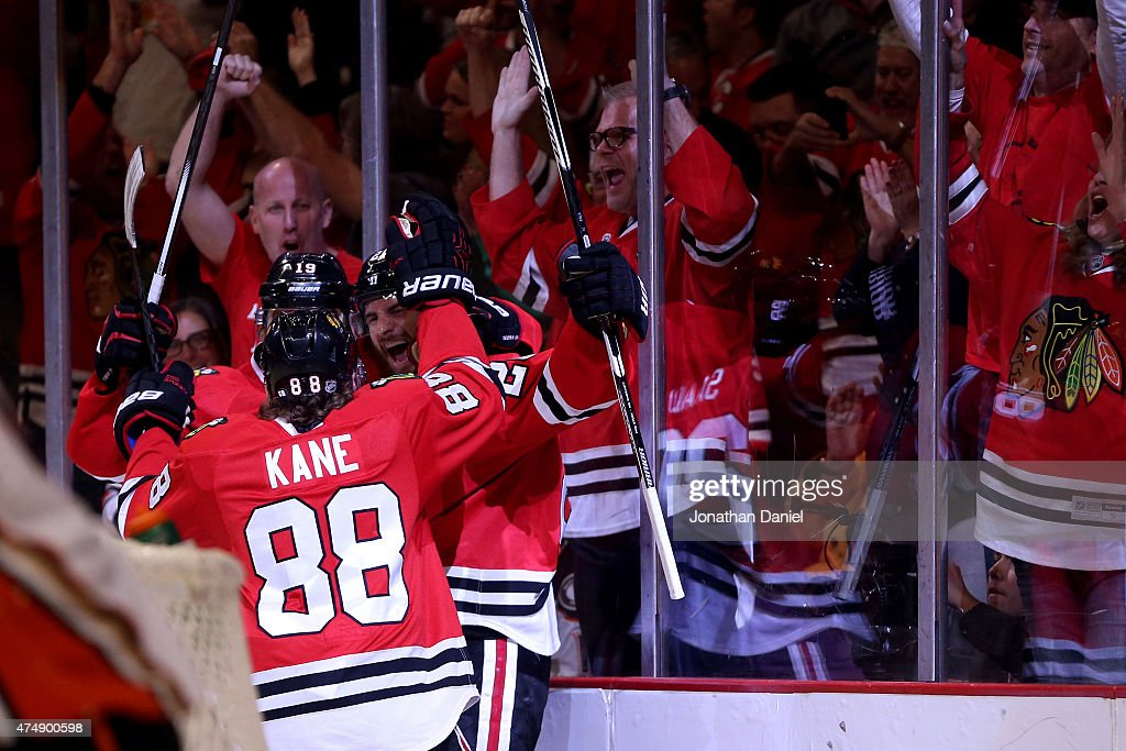 Brandon Saad of the Chicago Blackhawks celebrates a second period goal with teammates against the Anaheim Ducks in Game Six of the Western Conference...
