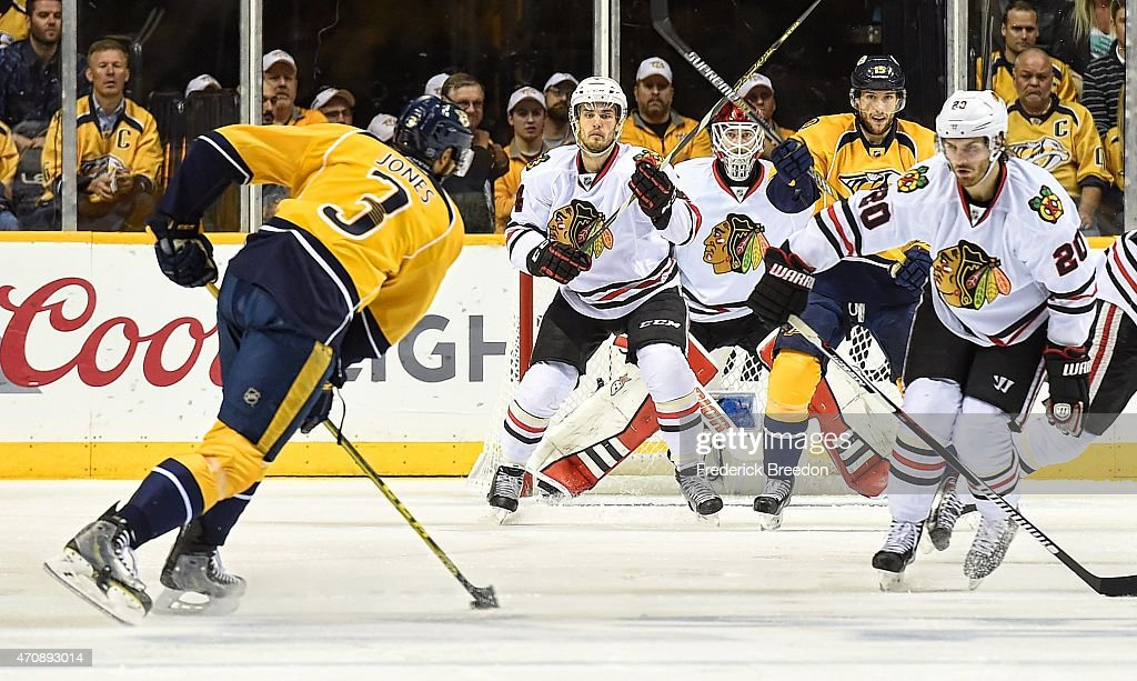 Brandon Saad #20 of the Chicago Blackhawks watches Seth Jones #3 of the Nashville Predators line up a shot during the third period of Game Five of the Western Conference Quarterfinals during the 2015 NHL Stanley Cup Playoffs at Bridgestone Arena on April 23, 2015 in Nashville, Tennessee.