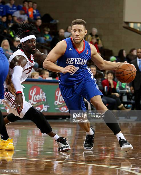 Brandon Triche of the Delaware 87ers handles the ball against Briante Weber from the Sioux Falls Skyforce at the Sanford Pentagon November 18 2016 in...