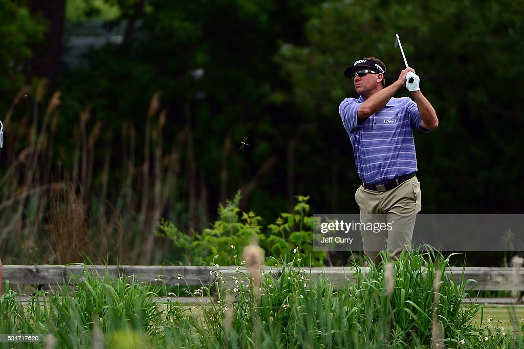 <a gi-track='captionPersonalityLinkClicked' href=/galleries/search?phrase=Brandt+Jobe&family=editorial&specificpeople=2292387 ng-click='$event.stopPropagation()'>Brandt Jobe</a> hits from the 18th hole drop zone after hitting in to the water during the second round 2016 Senior PGA Championship presented by KitchenAid at the Golf Club at Harbor Shores on May 27, 2016 in Benton Harbor, Michigan.