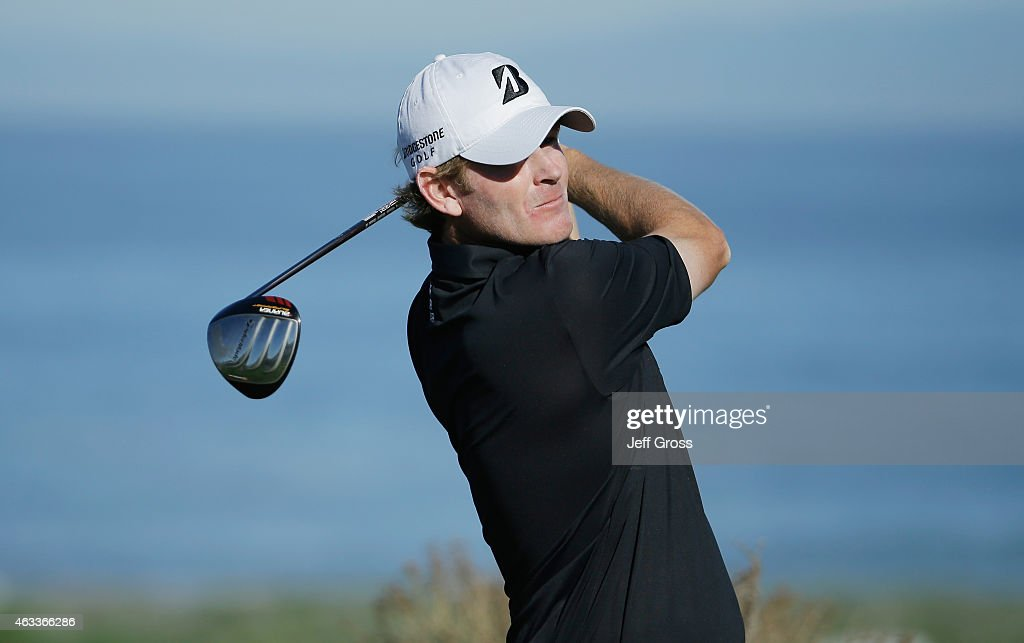 Brandt Snedeker hits his tee shot on the sixth hole during the second round of the AT&T Pebble Beach National Pro-Am at the Spyglass Hill Golf Course on February 13, 2015 in Pebble Beach, California.