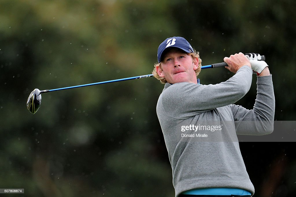 <a gi-track='captionPersonalityLinkClicked' href=/galleries/search?phrase=Brandt+Snedeker&family=editorial&specificpeople=2345049 ng-click='$event.stopPropagation()'>Brandt Snedeker</a> tees off on the 17th hole during the final round of the Farmers Insurance Open at Torrey Pines South on January 31, 2016 in San Diego, California.
