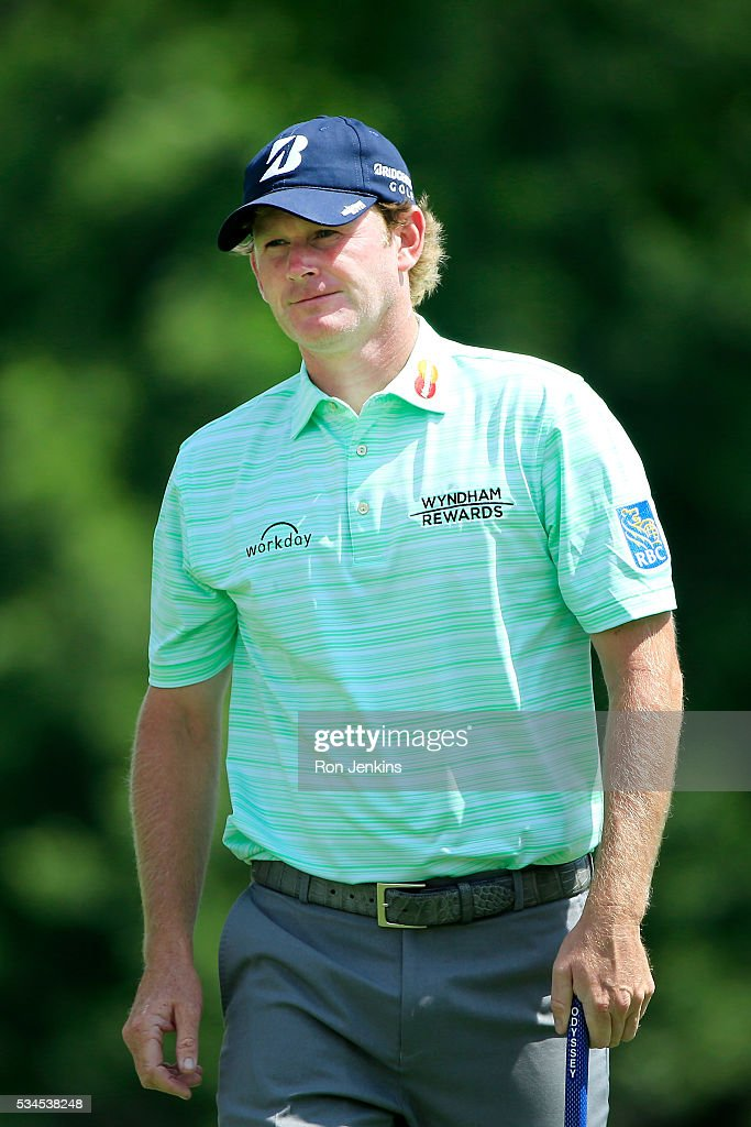<a gi-track='captionPersonalityLinkClicked' href=/galleries/search?phrase=Brandt+Snedeker&family=editorial&specificpeople=2345049 ng-click='$event.stopPropagation()'>Brandt Snedeker</a> walks off the seventh green during the First Round of the DEAN & DELUCA Invitational at Colonial Country Club on May 26, 2016 in Fort Worth, Texas.