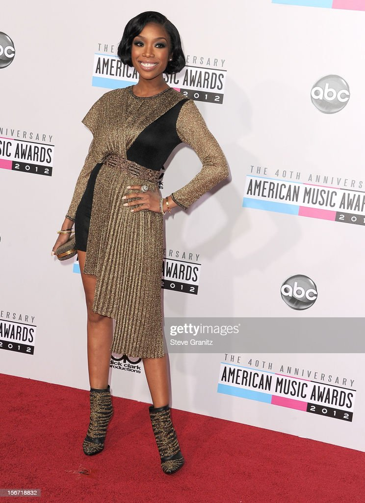 Brandy arrives at the 40th Anniversary American Music Awards at Nokia Theatre L.A. Live on November 18, 2012 in Los Angeles, California.