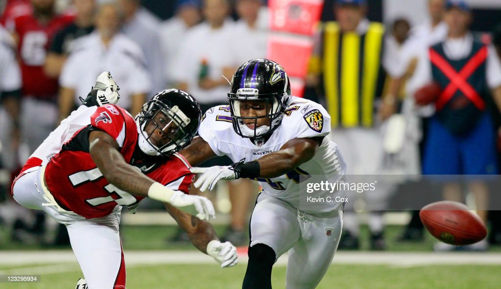 Brandyn Harvey #17 of the Atlanta Falcons fails to pull in this reception against Talmadge Jackson #41 of the Baltimore Ravens at Georgia Dome on September 1, 2011 in Atlanta, Georgia.