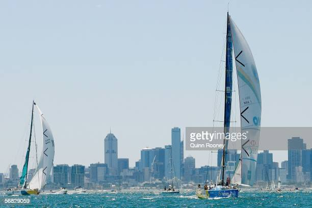 Brasil and ABN AMRO leave Melbourne and head for Wellington at the start of the Volvo Round the World Race Melbourne Departure in Port Phillip Bay...