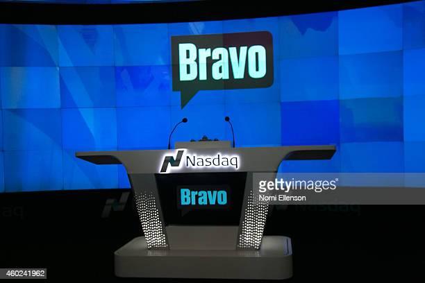 Bravo Media's 'Top Chef' Judge Gail Simmons Rings The Nasdaq Stock Market Opening Bell at NASDAQ on December 10 2014 in New York City