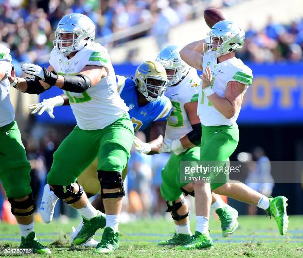 Braxton Burmeister of the Oregon Ducks passes during the first half against the UCLA Bruins at Rose Bowl on October 21 2017 in Pasadena California