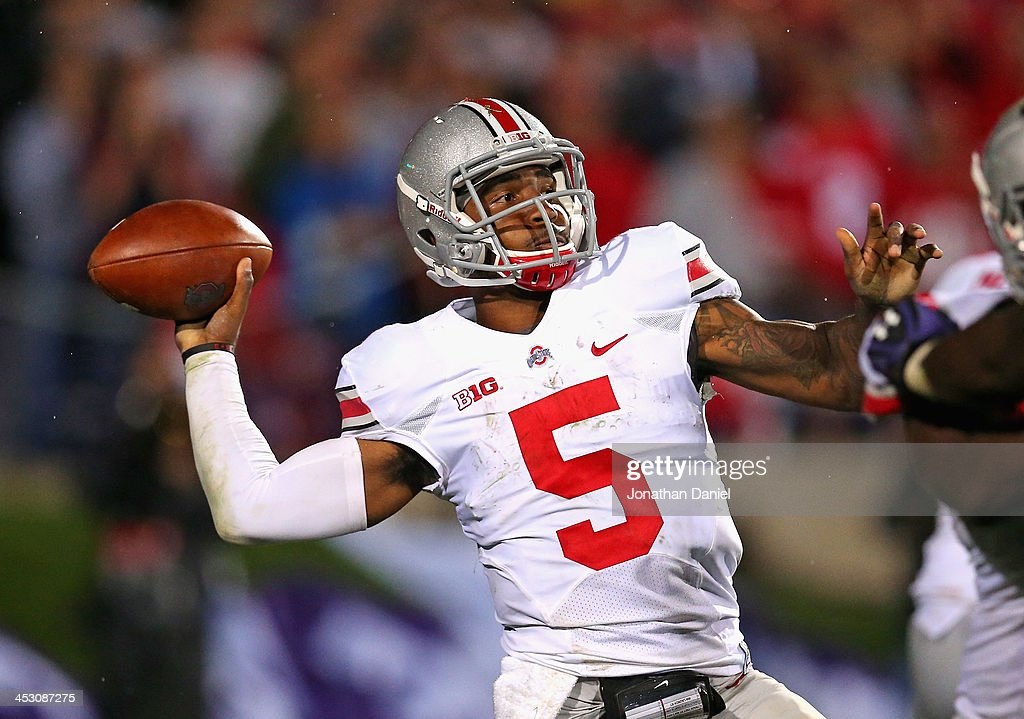<a gi-track='captionPersonalityLinkClicked' href=/galleries/search?phrase=Braxton+Miller&family=editorial&specificpeople=7122480 ng-click='$event.stopPropagation()'>Braxton Miller</a> #5 of the Ohio State Buckeyes passes against the Northwestern Wildcats at Ryan Field on October 5, 2013 in Evanston, Illinois. Ohio State defeated Northwestern 40-30. Photo by Jonathan Daniel/Getty Images)