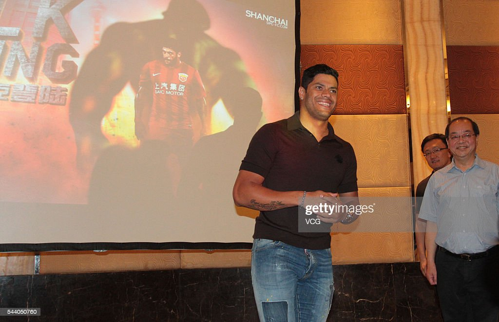 Brazil international Brazilian striker Givanildo Vieira de Sousa, better known as Hulk, attends a press conference on July 1, 2016 in Shanghai, China. Brazilian soccer player Hulk has signed contact with Chinese Super League outfit Shanghai SIGP on June 30 with a No. 8 shirt.