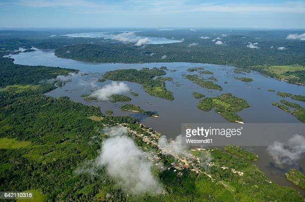 Brazil, Para, Itaituba, Amazon rainforest, Rio Tabajos, Fishing village Periquito and Islands