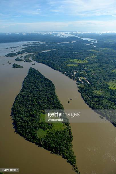 Brazil, Para, Itaituba, Amazon rainforest, Rio Tabajos, Fishing village Pimental