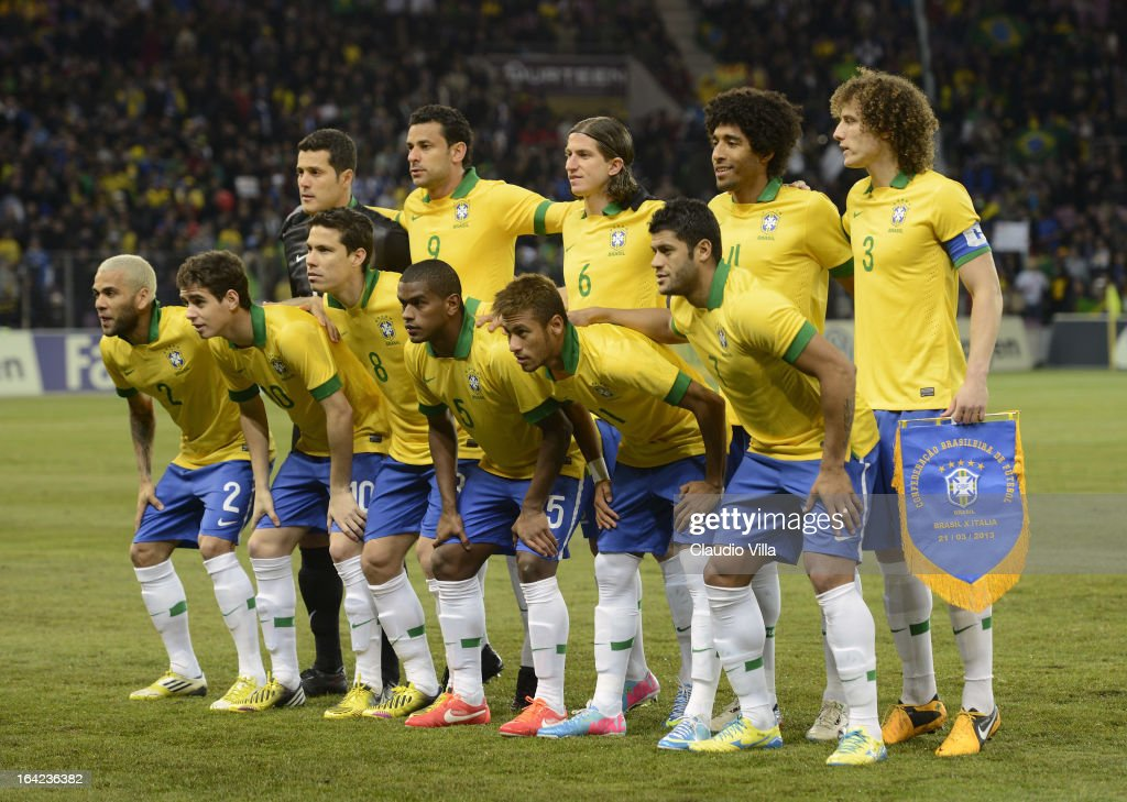 Brazil players line up for a team photo before the start of the international friendly match between Italy and Brazil on March 21, 2013 in Geneva, Switzerland.