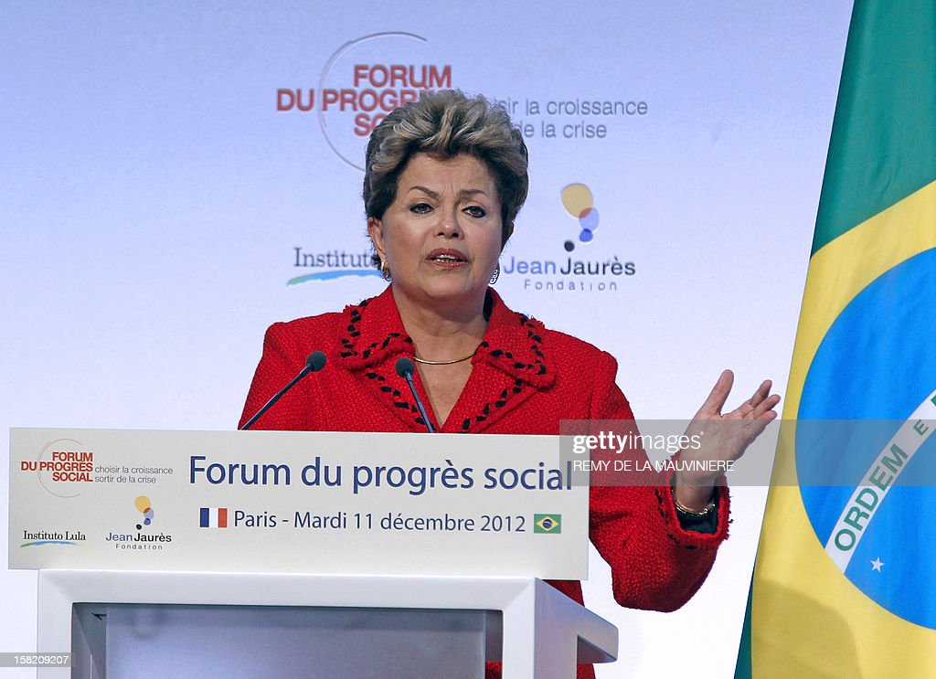 Brazil President Dilma Rousseff delivers a speech during the inauguration of the Forum of Social Progress on December 11, 2012 in Paris, as part of her two-day visit to France. AFP PHOTO POOL REMY DE LA MAUVINIERE