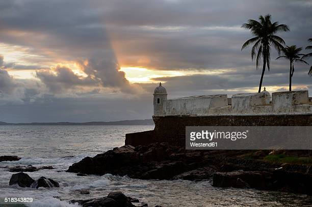 Brazil, Salvador da Bahia, Barra, view to Forte Santa Maria at twilight