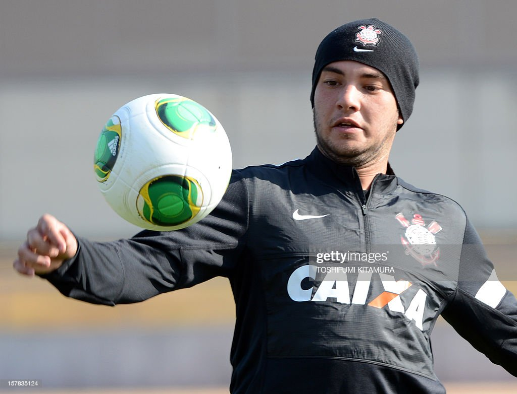 Brazilian club team Corinthians forward Giovanni controls the ball during a team training session in Kariya, Aichi prefecture while participating in the FIFA Club World Cup in Japan 2012 on December 7, 2012. The ninth edition of the FIFA Club World Cup football tournament is taking place from December 6 to 16.