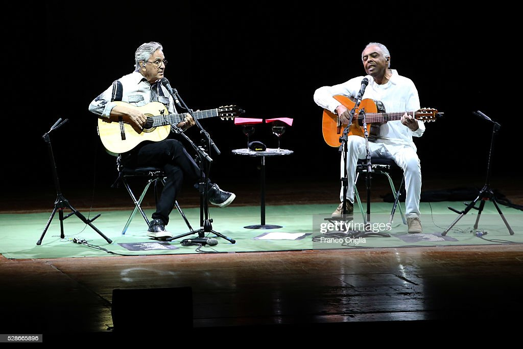 Brazilian composers, singers and guitarists <a gi-track='captionPersonalityLinkClicked' href=/galleries/search?phrase=Caetano+Veloso&family=editorial&specificpeople=567425 ng-click='$event.stopPropagation()'>Caetano Veloso</a> and <a gi-track='captionPersonalityLinkClicked' href=/galleries/search?phrase=Gilberto+Gil&family=editorial&specificpeople=227200 ng-click='$event.stopPropagation()'>Gilberto Gil</a> perform at the Auditorium Parco della Musica on May 6, 2016 in Rome, Italy.