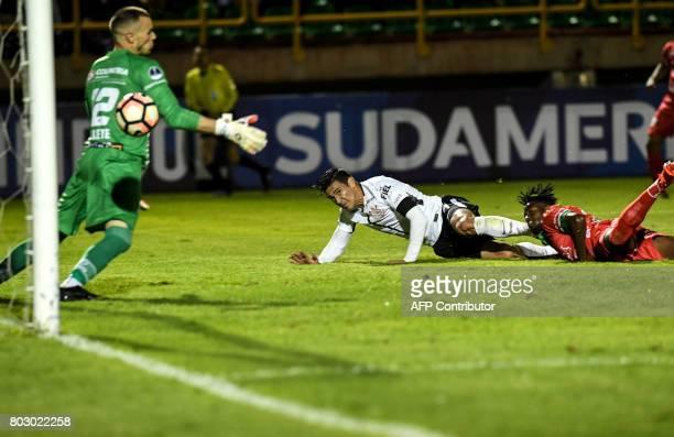 Brazilian Corinthians defender paraguayan Fabian Balbuena scores a goal during their Copa Sudamericana football match against Brazilian Corinthians...