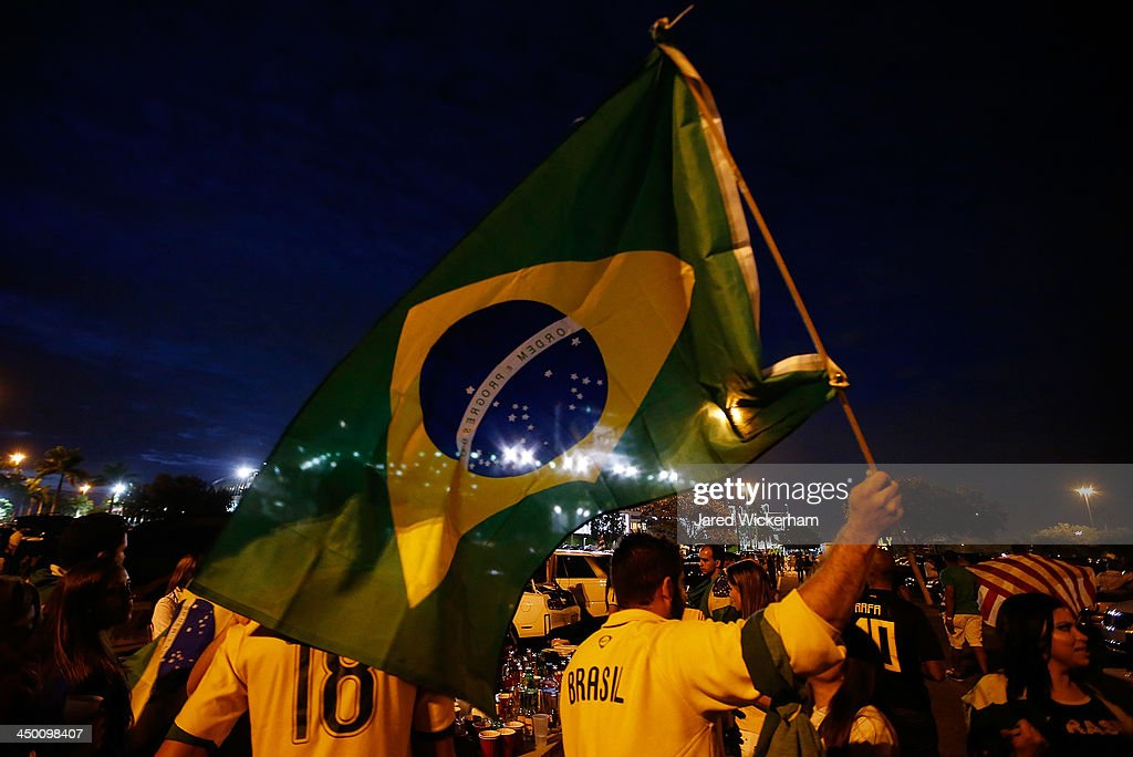 Brazilian fans tailgate prior to the friendly match between Brazil and Honduras at Sun Life Stadium on November 16, 2013 in Miami Gardens, Florida.