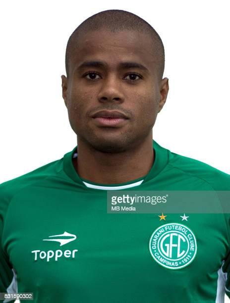 Brazilian Football League Serie B 2017 / 'n 'nEron Santos Lourenco ' Eron '
