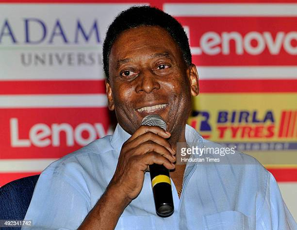 Brazilian football legend Pele during a press conference on October 12 2015 in Kolkata India The legendary Brazilian player offered a solution to...