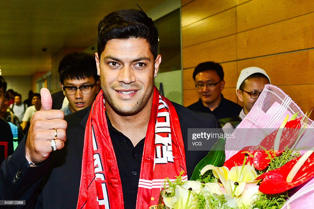 Brazilian footballer <a gi-track='captionPersonalityLinkClicked' href=/galleries/search?phrase=Hulk+-+Footballer&family=editorial&specificpeople=7359350 ng-click='$event.stopPropagation()'>Hulk</a> (aka Givanildo Vieira de Sousa) arrives at Shanghai Pudong International Airport on June 29, 2016 in Shanghai, China. Shanghai International Port Group Football Club (SIPG FC) announced on Wednesday to sign Brazilian footballer <a gi-track='captionPersonalityLinkClicked' href=/galleries/search?phrase=Hulk+-+Footballer&family=editorial&specificpeople=7359350 ng-click='$event.stopPropagation()'>Hulk</a> on June 30.