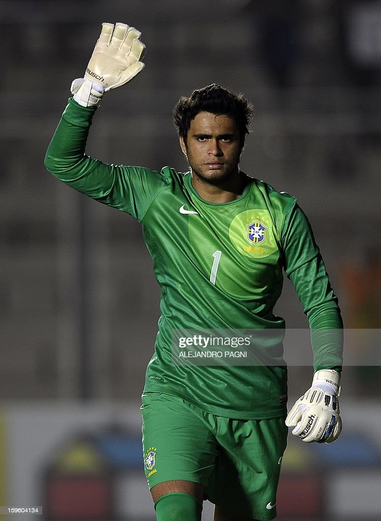 Brazilian goalkeeper Gustavo gestures during their South American U-20 Championship Group B football match against Venezuela, at Bicentenario stadium in San Juan, Argentina, on January 16, 2013. Four South American teams will qualify for the FIFA U-20 World Cup Turkey 2013. Brazil won by 1.0.