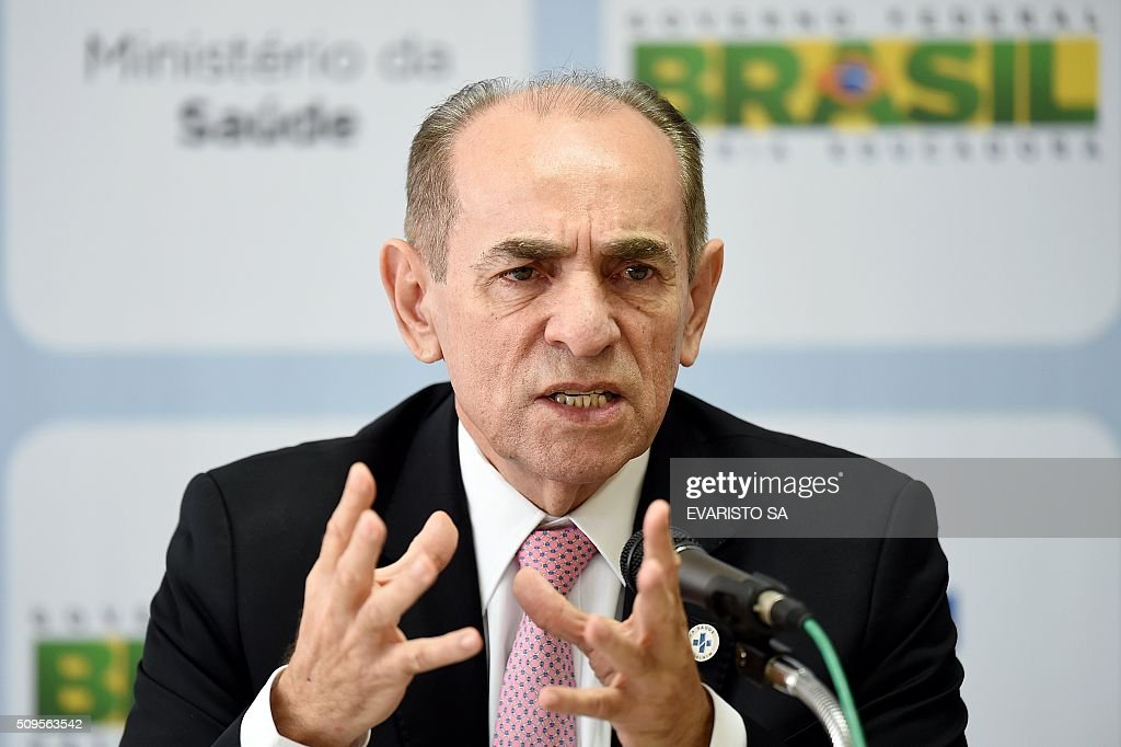 Brazilian Health Minister Marcelo Castro speaks during a press conference in Brasilia, on February 11, 2016. Castro announced a partnership between the Brazilian Evandro Chagas Institute and the University of Texas in the United States, to develop a vaccine against the zika virus. AFP PHOTO / EVARISTO SA / AFP / EVARISTO SA