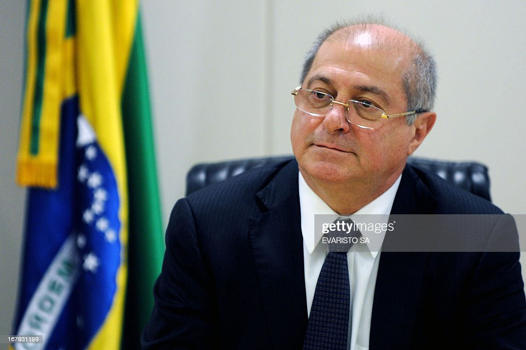 Brazilian Minister of Communications, Paulo Bernardo, offers an interview to the Foreign Correspondents Association at the Ministry in Brasilia on May 2, 2013. Bernardo talked about the advances of the telecommunications in the country and the preparations ahead of FIFA's Confederations Cup in 2013 and World Cup in 2014. AFP PHOTO / Evaristo SA