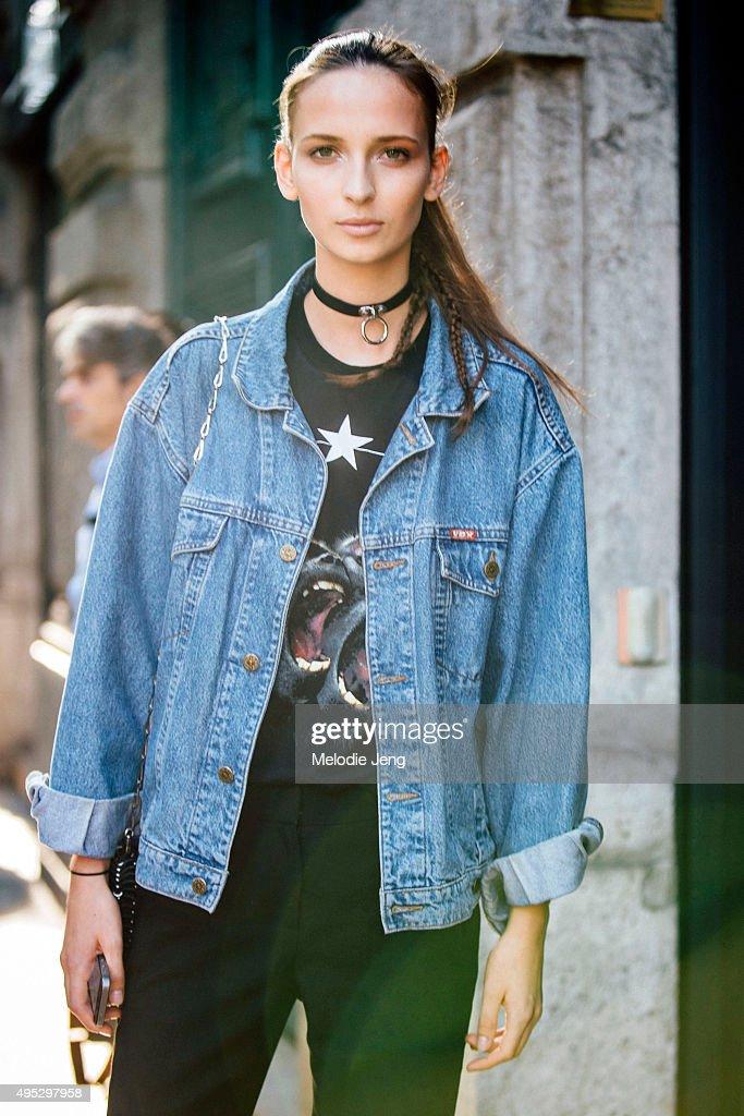 Brazilian model Waleska Gorczevski exits the Jil Sander show during the Milan Fashion Week Spring/Summer 16 on September 26 2015 in Milan Italy...
