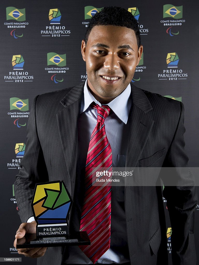 Brazilian Paralympic Daniel Alves Rodrigues pose for a photo during the ceremony of Paralympics Award 2012 at the Marina da Gloria on December 19, 2012 in Rio de Janeiro, Brazil.