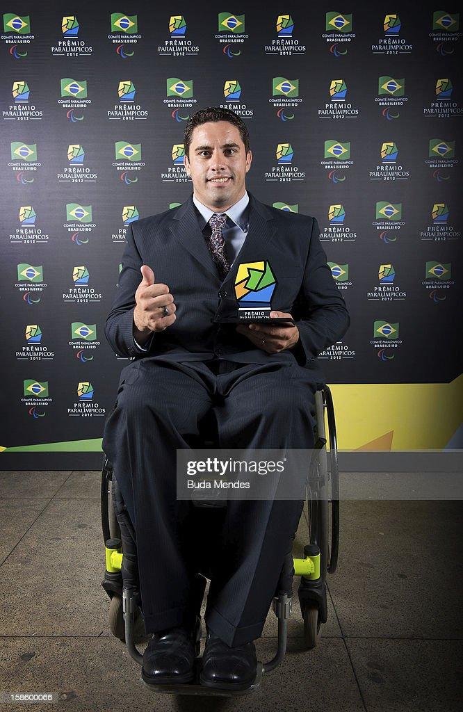 Brazilian paralympic Jovani Silva Guissone pose for a photo during the ceremony of Brazil Paralympics Awards 2012 at the Marina da Gloria on December 19, 2012 in Rio de Janeiro, Brazil.