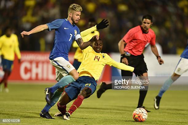 Brazilian player Ciao vies for the ball with Ecuadorian player Renny Jaramillo during their South American Championship U20 football match in the...