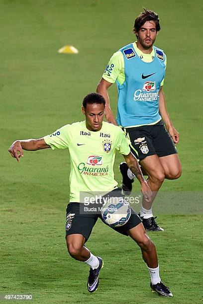 Brazilian players Neymar and Kaka take part in a training session at the Pituaçu stadium on the eve of the 2018 FIFA World Cup Russia Qualifiers...