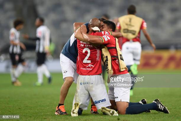 Brazilian Serginho of Bolivia's Jorge Wilstermann celebrates with teammates after his team qualified in the end of a Copa Libertadores football match...