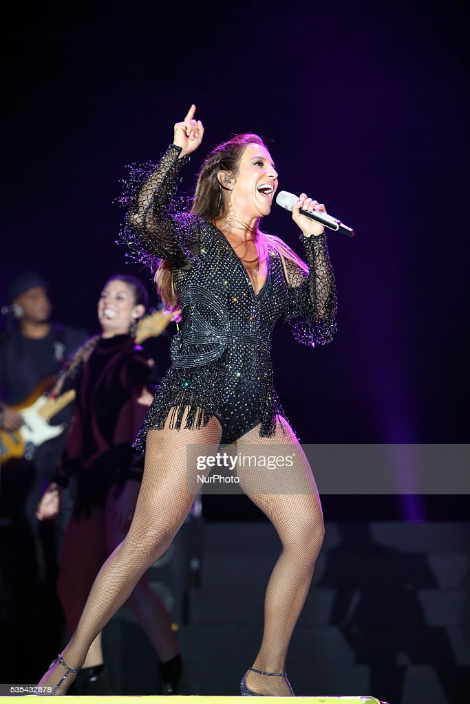 Brazilian singer <a gi-track='captionPersonalityLinkClicked' href=/galleries/search?phrase=Ivete+Sangalo&family=editorial&specificpeople=609904 ng-click='$event.stopPropagation()'>Ivete Sangalo</a> performs in US singer Ariana Grande replacement for the 2nd consecutive day at Rock in Rio Lisboa 2016 music festival in Lisbon, Portugal on May 29, 2016.
