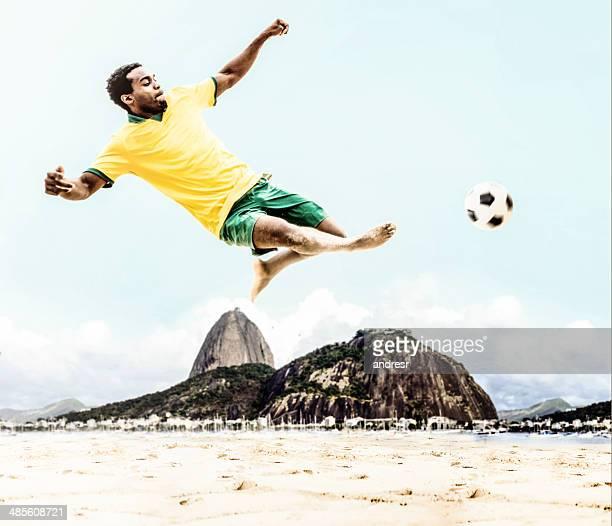 Jogador de futebol brasileiro
