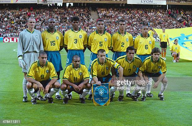 Brazilian team poses at the Gerland stadium in Lyon before a friendly soccer match opposing France to Brazil Claudio Taffarel Celio Silva Aldair...