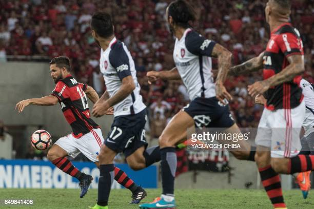 Brazil's Flamengo Miguel Trauco controls the ball during their Libertadores Cup football match against Argentina's San Lorenzo at Maracana stadium in...
